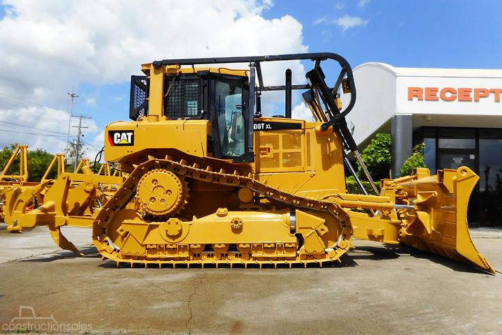 Caterpillar D6T XL Construction equipments for Sale in