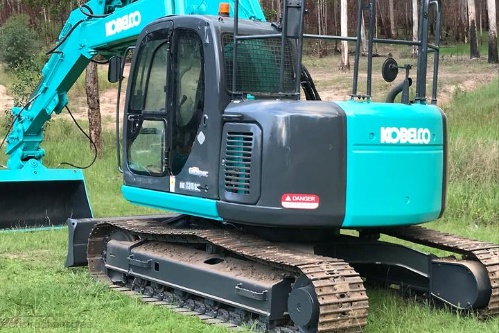 Kobelco SK135SR Construction equipments for Sale in Australia