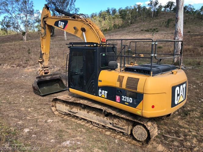 Caterpillar 320DL Construction equipments for Sale in
