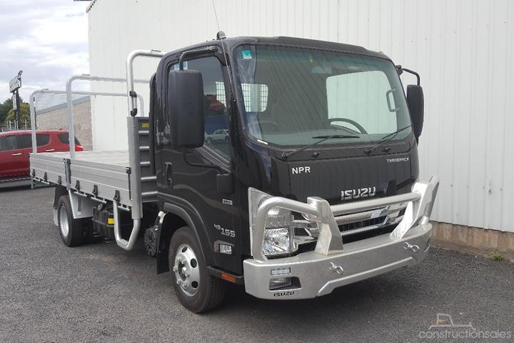 Isuzu NPR 45/55 155 MWB Tradepack Construction equipments for Sale