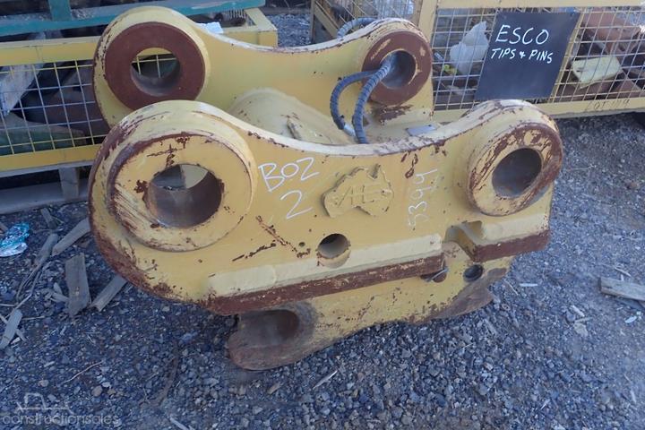 Atlas Engineering 330/336 Hydraulic Quick Hitch Machine