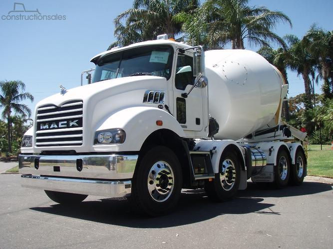 Mack METROLINER Construction equipments for Sale in Australia