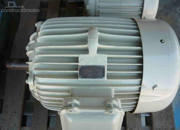 ATKINS 75HP 3 PHASE ELECTRIC MOTOR/ 2945RPM Engines & Motors