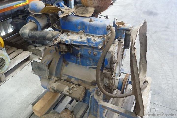 DISMANTLING PERKINS 3 152 DIESEL ENGINES Engine Parts for