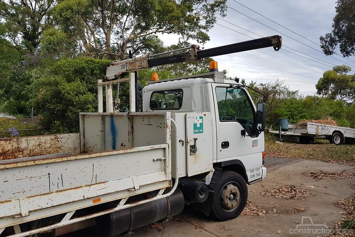 Isuzu NPR 400 Construction equipments for Sale in Australia