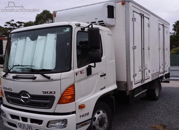 Hino 500 Series Refrigerated Truck Trucks for Sale in South